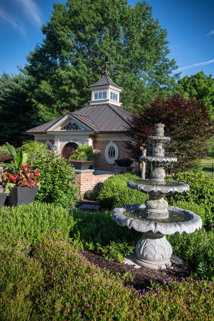 Features - Cascading Fountain